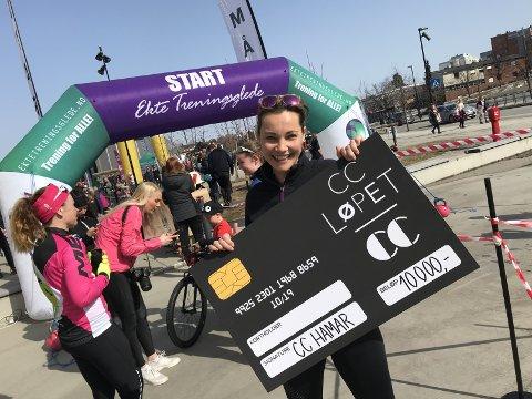 VANG: Gina Fjeld fra Hamar vant 10.000 kroner under det første CC-løpet i fjor. Foto: Jo E. Brenden