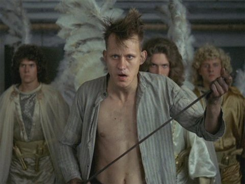 GJENNOMBRUDD: «Den enfaldige mördaren» ble Stellan Skargårds gjennombrudd.