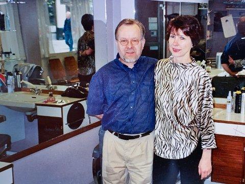 MANGE ÅR: I mange år klippet Gunhild hår sammen med Helge Karlsen.