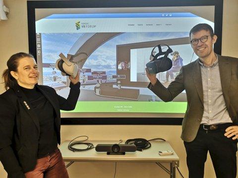 GJØR SEG BEMERKET: Nordic VR-forum samlet nylig 750 deltakere og direktør for Hamarregionen Eli Arnkværn Bryhni og klyngeleder i VRINN, Håvard Røste mener vi bare har sett starten på hva VR-teknologi kan brukes til.
