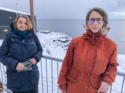KREVER SVAR: Elisabeth Rønning (SV) og Linn Tjønsø (MDG) krever svar fra ordfører Marianne Sivertsen Næss om sjødeponi i Repparfjorden. Foto: Trond Ivar Lunga
