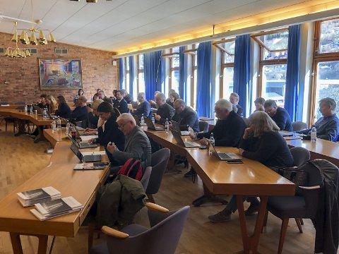 Ett møte igjen: Det siste ordinære kommunestyremøtet i Odda kommune er utsatt. Foto: Sondre Lingås Haukedal
