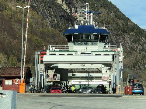 Ferjesambandet har hatt redusert kapasitet sidan måndag då B-ferja vart teken ut av drift.
