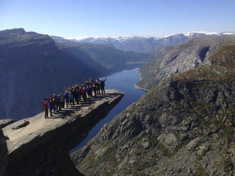 Trolltunga:  En av flere attraksjoner i friluftskommunen Ullensvang. Arkivfoto: Eivind Børve