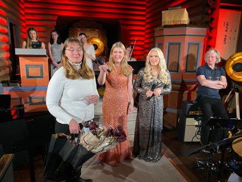 Åse Berit Børve blei rørt av å bli overraska med både konsert og omsorgsprisen.