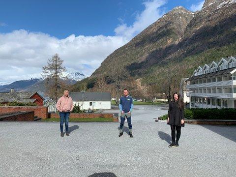F.V: Grace Steingildra, Stig Hope og Andrea Djønne.