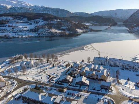 I Ulvik kommune opprettholdes det strengeste tiltaksnivået frem til mandag 22. februar. Foto: EIRIK HAGESÆTER