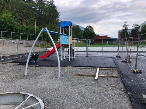 Det nærmer seg ferdigstillelse av den nye aktivitetsparken på Eide.
