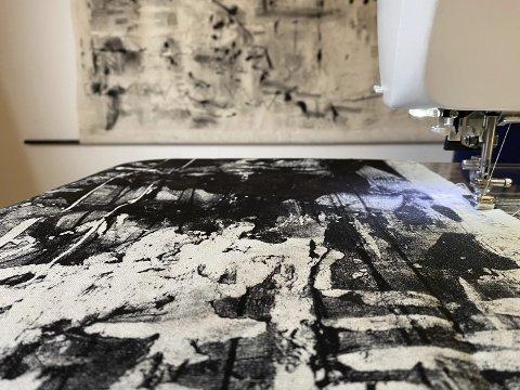 Inspirert av industri og litteratur: Utstillingen «De ringer for deg» kommer til Odda. Foto: Privat