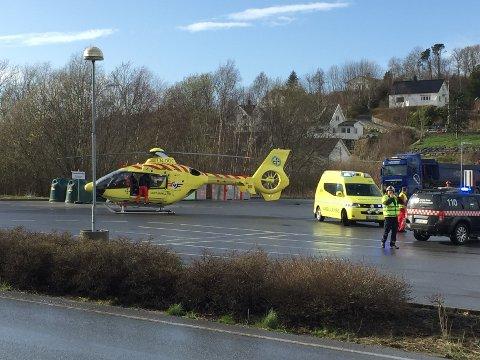 TIL STAVANGER: Gutten ble fløyet til Stavanger Universitetssjukehus med alvorlige skader.