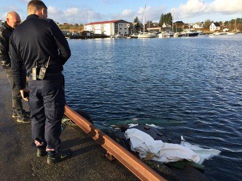 Tirsdag ble Karmøy brannvesen varslet for å sjekke forurensningsfaren da en båt sank i natt.