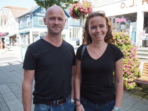 Øystein Rinden og Hanne Flisram klarer seg godt selv om FM-nettet er slukket.