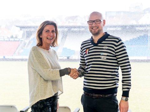 TRÅR TIL FOR FKH: Falkeid IL, her ved daglig leder Mikael Benjamin Myklebust, fortsetter samarbeidet sitt med FKH, her ved arrangementsansvarlig Tina Røvær.