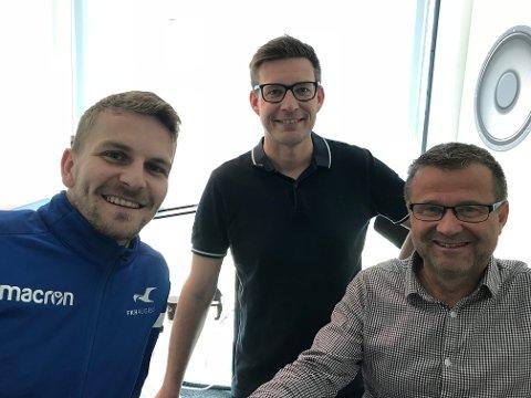 GJEST: Torbjørn Kallevåg (t.v.) er gjest hos Terje Flateby og Odd Kåre Grøttland i podkasten Sporten.
