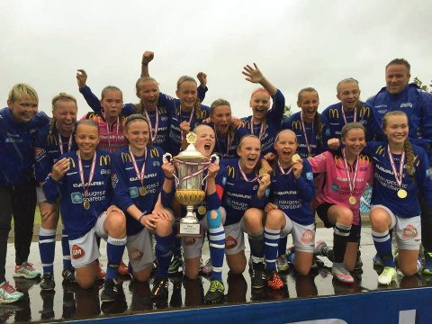 VANT I 2015: Haugars J14 vant Dana Cup i 2015.