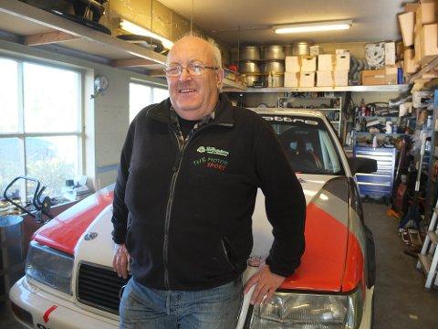 FÅR MYE TID: Den spesialbygde Audien fikk Tor H. Brynjelsen ferdigbygget fra Tyskland i vår. Nå gleder han seg til å kjøre historiske baneløp med den.