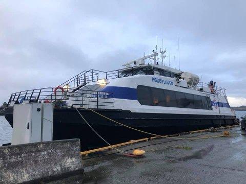 THE VIKING QUEEN: Hurtigbåten «Rødøyløven» har fått ny hjemmehavn i Kopervik. Fra våren av skal den, under det nye navnet MS «Gyda» – The Viking Queen, frakte cruiseturister i Karmsundet.