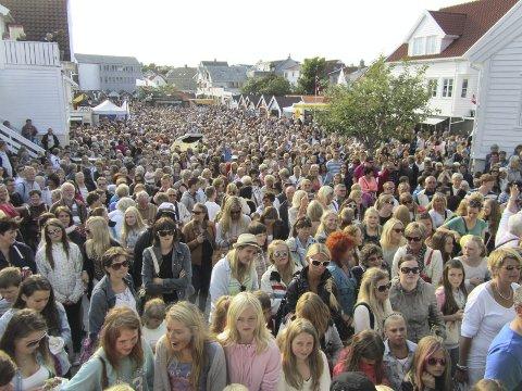 FOLKSOMT: Flere tusen er ventet til Skudefestivalen 4.–7. juli, og mange artister blir å høre.
