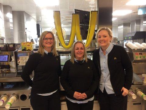 LEDERE I MCDONALD'S: Åse Hovda (restaurantsjef på McDonald's ved Amanda Storsenter), Renate Hansen (restaurantsjef på McDonald's ved Oasen Storsenter) og eier Veronika Sørensen (t.h.) var ledere ved de to McDonald's-restaurantene i 2018.