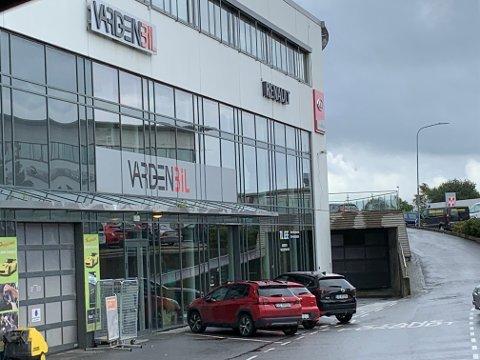 NORHEIM: Varden Bil holder til i Norevegen 1.