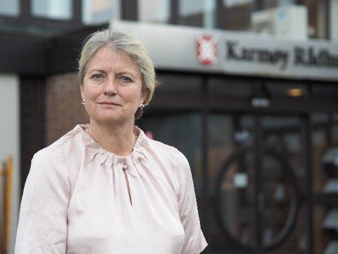 ELDREBØLGEN: Helse- og omsorgssjef Nora Olsen-Sund i Karmøy kommune mener Karmøy kommune er og vil være i stand til å håndtere eldrebølgen. Arkivfoto.