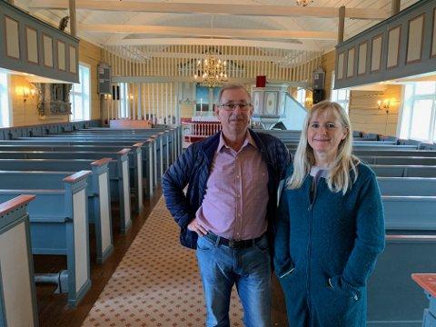 Per Inge Eriksen og Grethe Flotve Myklebust mener Åkra gamle kirke er et kulturskrin i byen.