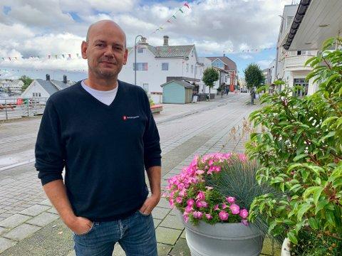 Rune Midtun lover å gjenreise Fremskrittspartiet i Karmøy etter krevende perioder.
