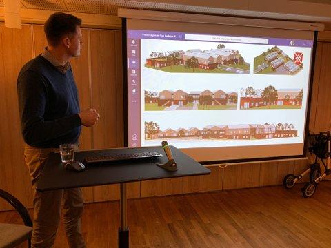 VISTE FRAM: Prosjektleder Viggo Holm i Karmøy kommune hadde med ferske tegninger av det som kan bli Skudeneshavns nye sykehjem.