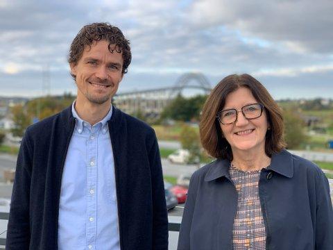 DOBLING: Leder for bedriftsrådgivning hos Tveit Regnskap, Kjell Larsen og daglig leder i Validé Haugesundsregionen, Åse Tveit Samdal, forventer dobling av rene tilskudd til lokale søkere i 2020.