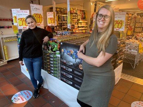 TELEFONHANDEL: Butikksjef Solveig Håkonsen (t.v.) har suksess med å ha kundene på telefonen. Senter Elisabeth Førland er fornøyd med entusiasmen.