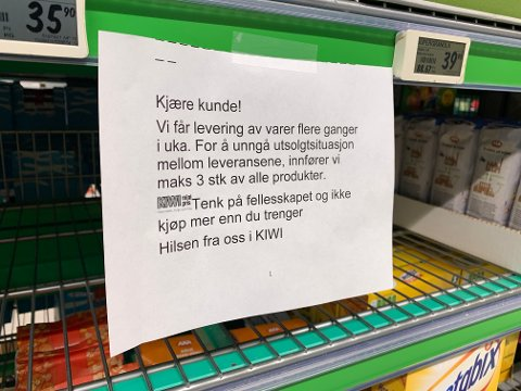 TAR GREP: Butikksjefen på Kiwi i Spannavegen har vært nødt til å ta grep, og innførte maks tre varer per kunde.