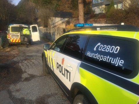 AVHØR: Politiet avhørte flere personer etter innbruddet i Sagvåg.