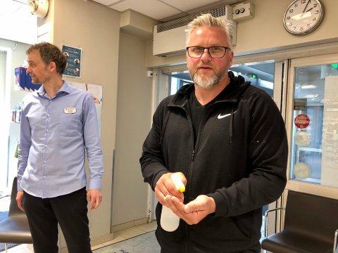 NY BRANSJE: Nils Arne Fjeldkårstad opplevde bråstopp for LeigDet. Nå selger han desinfiserende  håndhygiene. Det nye selskapet leverer nå til alle Apotek 1-butikkene i Norge.
