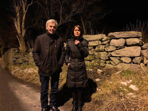 VANT FRAM: Kåre Mannes og dattera Anne Marit Mannes får ha hagene sine i fred.