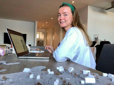 SNART FERDIG: Arkitektstudenten Eliabeth Brandtzæg fikk fast jobb i Haugesund mens hun var i innspurten med masteroppgaven. Snart presenterer hun sin visjon for Vibrandsøy for sensorene.