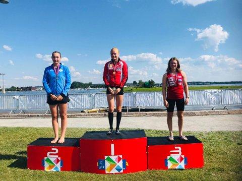 BRONSE: Elise Erland fikk bronse. Maria Virik vant foran Anna Margrethe Sletsjøe.