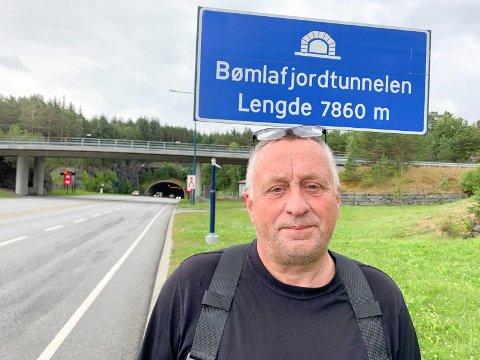 OFTE STENGT: Det skjer stadig at Bømlafjordtunnelen blir stengt. Da vi skulle snakke med innsatsleder Leif Rune Vad mandag, hadde en lastebil fått stans. Dermed ble det stenging i perioder.