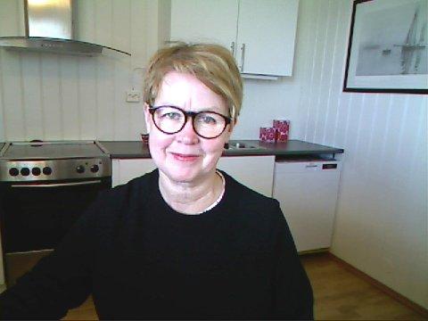 NY SJEF: Kristin Lervåg overtar jobben som avdelingsleder 1. mars. Her er hun på hjemmekontoret.