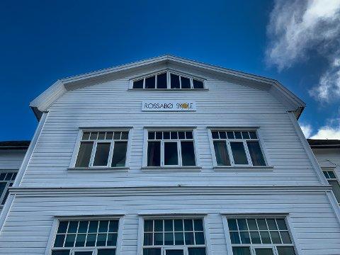 HAUGESUND: Rossabø skole er blant de lokale skolene som kanskje kan ta imot elevene igjen etter påske.