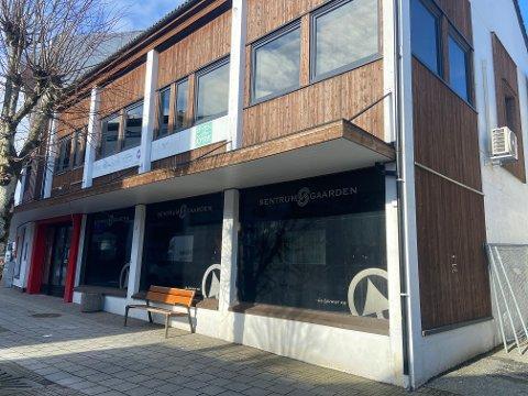 JOKER: Alt er klart for ny dagligvarehandler i Kopervik sentrum. Nå mangler bare butikksjefen.