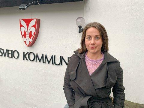 FORHANDLER:  – Vi  prøver vi å få ned konfliktnivået og få et felles vedtak, enten i løpet av dagen eller til kommunestyremøtet som startet klokka 17, sier Sveio-ordfører Linn Therese Erve.