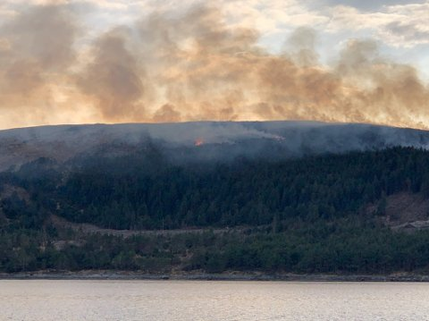MYE RØYK: Brannen var synlig fra flere steder på Haugalandet