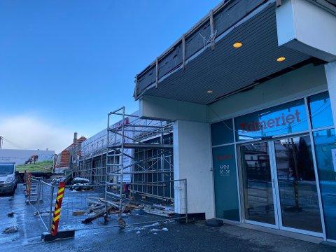 ENDRING PÅ GANG: Utenfor Rema 1000 sin søndagsåpne butikk på Solvang.
