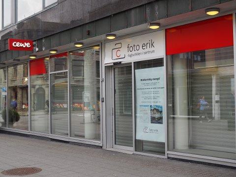 STENGTE DØRER: Fotobutikken i Haraldsgata har stengt for godt.
