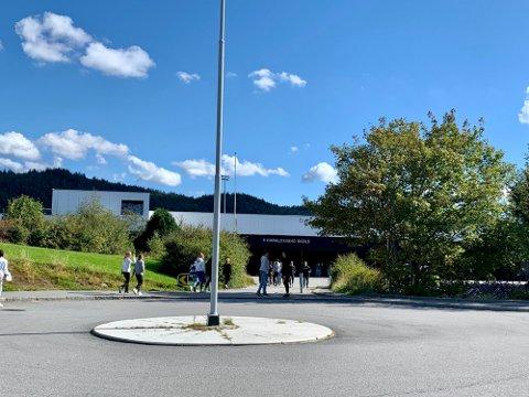 STÅR KLARE: Lærere ved Haraldsvang skole i Haugesund er blant dem som kan bli tatt ut i streik.
