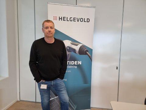 SLITSOMT: Administrerende direktør hos Helgevold AS, Jakob Grønnestad, sier de har kjent mye på usikkerheten etter dataangrepet.