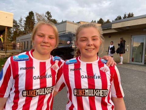 MÅLSCORERNE: Viktoria Sørensen (t.v.) og Malin R. Johannessen.