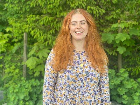 BLE OVERRASKET: Prosjektleder Emilie Bersaas ante ikke at sommerfestivalen fikk ja på søknaden og dermed 82.000 kroner fra Haugesunds Avis og Sparebankstiftelsen DNB. 14 andre lag og foreninger får også penger.