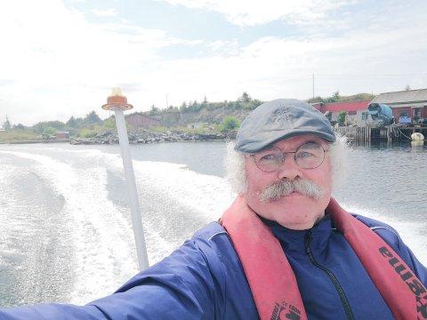 UTSATT FOR TYVERI: Torvastadbuen Svein Hauge (62) eier en gammel skjærgårdsjeep.