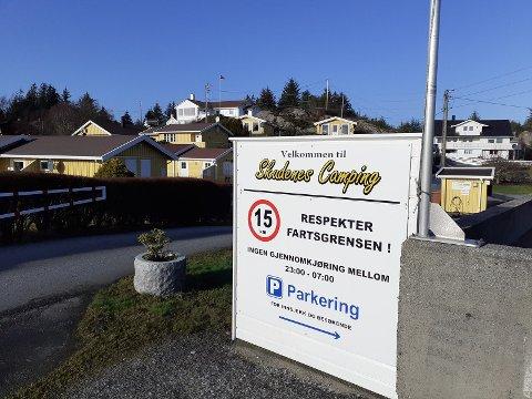 TIL SALGS: Mange har allerede tatt kontakt med megler etter at campingplassen i Skudeneshavn ble lagt ut for salg.